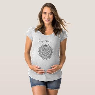 Camisa del bebé de la yoga
