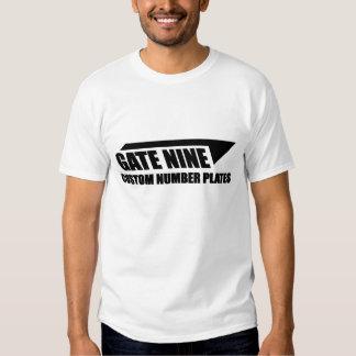 Camisa del diseño de la puerta nueve