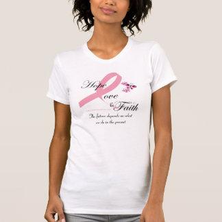 Camisa del equipo del amor y de la fe de la