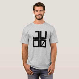 Camisa del hombre del judo
