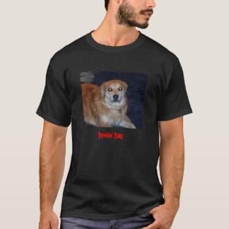 camisa del perro del demonio