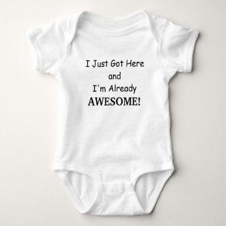 Camisa impresionante del bebé