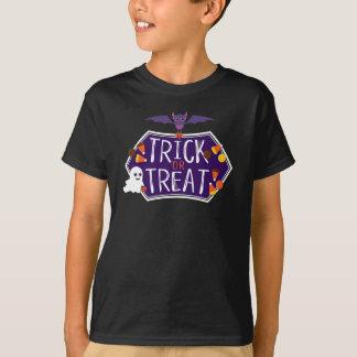 Camisa linda del caramelo del truco o de la