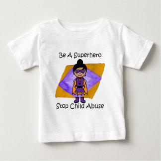 Camisa linda del super héroe