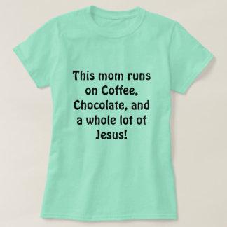 Camisa ocupada de la mamá