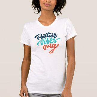 Camisa positiva de la sensación solamente