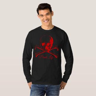 Camisa roja del pirata del cráneo