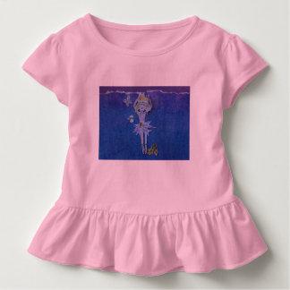 Camisa rosada rizada dulce con el baile del fairie