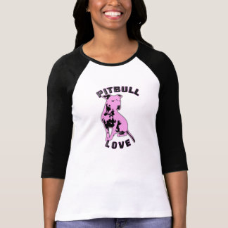 Camisa rosada y negra del amor de Pitbull