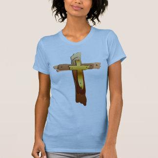 Camisa rugosa de tres cruces