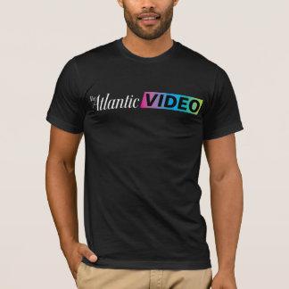 . Camisa video atlántica de la ropa en negro