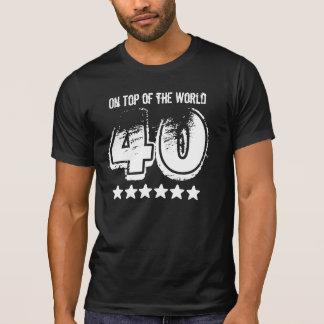 Camiseta 40.o regalo de cumpleaños divertido encima del