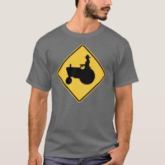 Camiseta Advertencia de la señal de tráfico del tractor