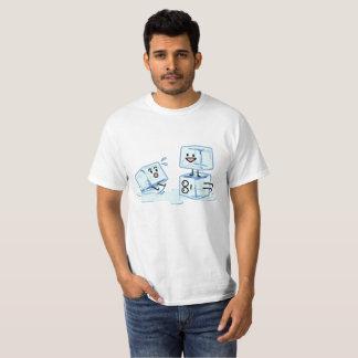 Camiseta agua helada del cubo de los cubos de hielo que
