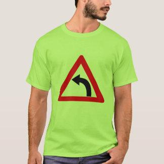 'Camiseta ALTA grande de n (curva de la izquierda) Camiseta