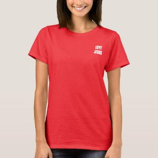 Camiseta Amor Jesús en la pequeña esquina del frente