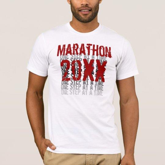 Camiseta Año de encargo del maratón - un paso a la vez