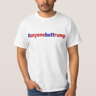 Camiseta #anyonebuttrump