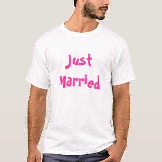 Camiseta Apenas casado