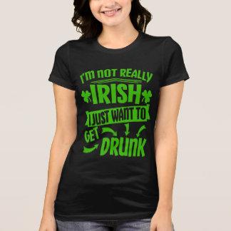 Camiseta Apenas quiera conseguir cita divertida bebida del
