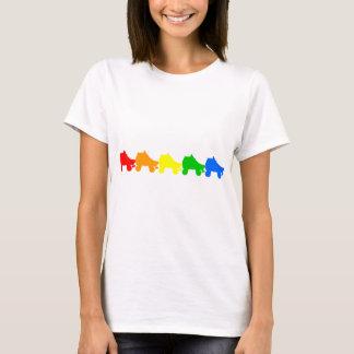 Camiseta arco iris del patín de ruedas