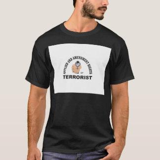 Camiseta arma y terrorista en los E.E.U.U.