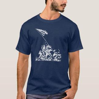 Camiseta Aumento de la bandera de WWII Iwo Jima, blanco