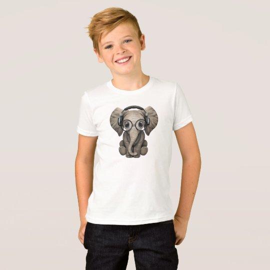 Camiseta Auriculares que llevan de DJ del elefante lindo