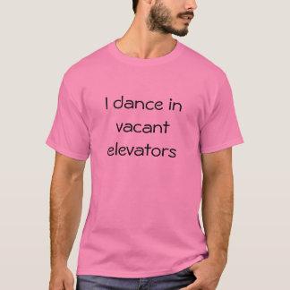 Camiseta Bailo en elevadores vacantes