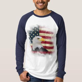 Camiseta Bandera apenada intrépida de los E.E.U.U., diseño