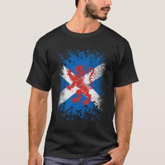 Camiseta Bandera desenfrenada y escocesa del león rojo
