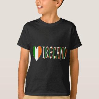 Camiseta Bandera irlandesa y palabra Irlanda del corazón