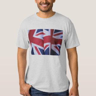camiseta básica de dos banderas británicas