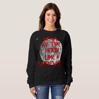 """Camiseta básica de la luna de las mujeres """"aullido"""