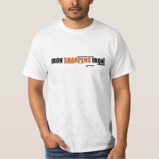 Camiseta básica de los hombres