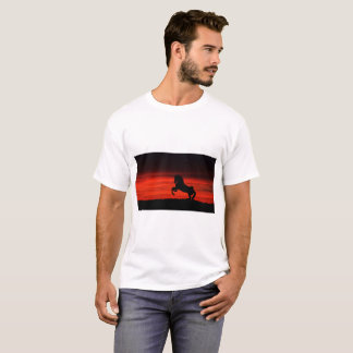 Camiseta básica del caballo de la naturaleza