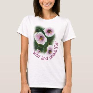 Camiseta básica salvaje y hermosa