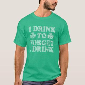 Camiseta Bebo para olvidar que bebo el día de St Patrick