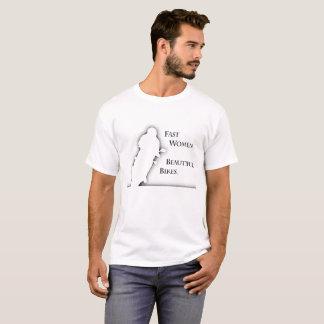 Camiseta blanca de las bicis hermosas de los