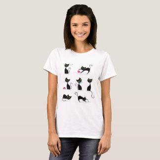 Camiseta blanca de las señoras con los gatos