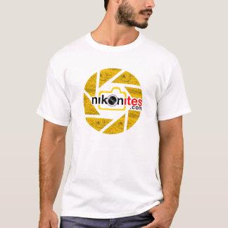 Camiseta Blanco de la cuchilla de la abertura de Nikonites