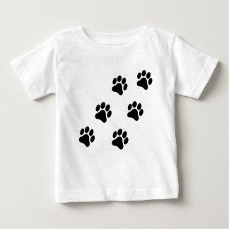 Camiseta blanco y negro del bebé del modelo de la