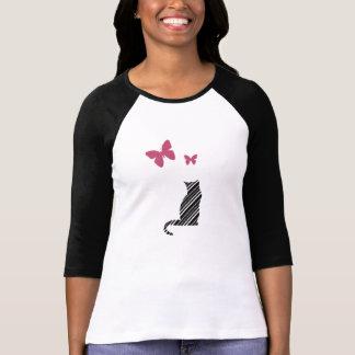 Camiseta bonita de la mariposa y del gato