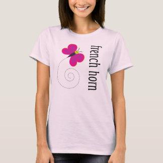 Camiseta bonita de la trompa