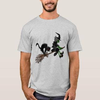 Camiseta Bruja de Halloween en el palo de escoba
