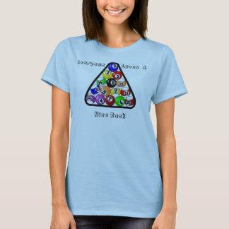 Camiseta Cada uno ama Niza un estante