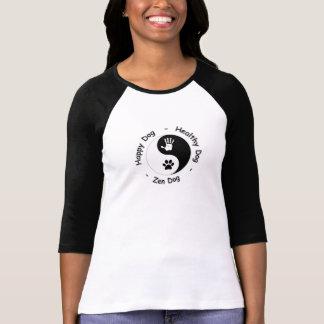 Camiseta Camisetas: Perro del Feliz-Sano-Zen de HandToPaw
