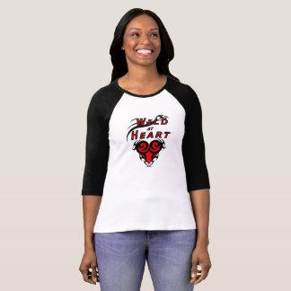 Camiseta Chica salvaje en el amor tribal del corazón