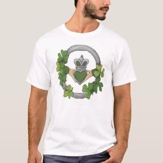 Camiseta Claddagh de plata