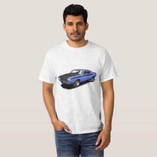 Camiseta clásica del coche del desafiador azul
